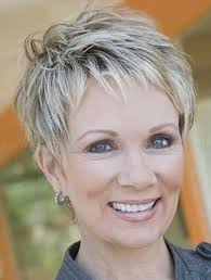 a good hairstyle for a 60-year-old woman